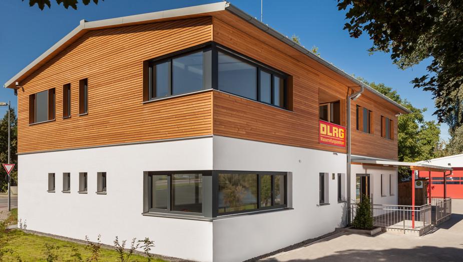 Gruber Objektbau - Referenz DLRG Regensburg