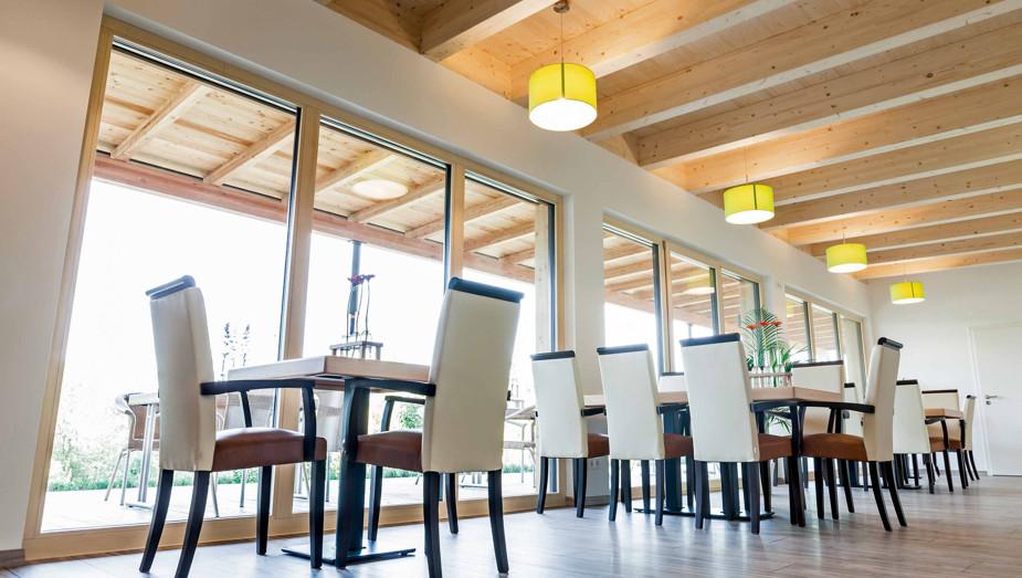 Produktportfolio Gruber Objektbau - Golf Clubhaus Rötz Bild 2