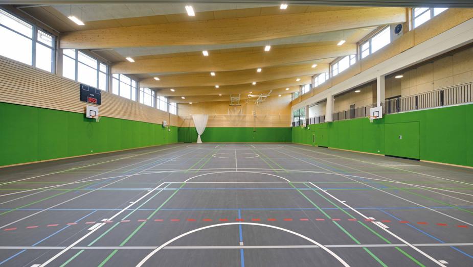 Produktportfolio Gruber Objektbau - Sporthalle Rötz Bild 1