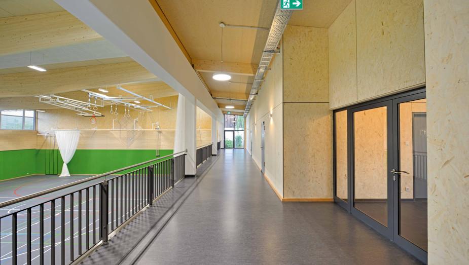 Produktportfolio Gruber Objektbau - Sporthalle Rötz Bild 3