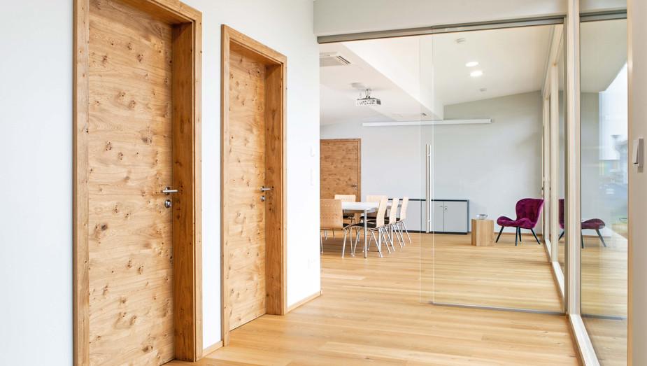 Produktportfolio Gruber Objektbau - Wood-Lounge Bild 3